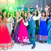 Real Weddings - Priya & Dip's vividly vibrant wedding