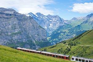 train ride Honeymoon Ideas